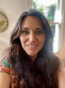 Headshot of Dr Fernanda Penaloza